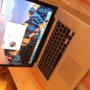 MacBook Pro 15' i5 8gb RAM 512gb SSD