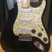 O Cambio: Fender Stratocaster Eric Clapton (Blackie del 2008 USA)
