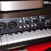 Focusrite Saffire pro 40 (excellente estado, con caja + cable fw)