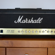 Amplificador Marshall JCM 800 Mod.2210
