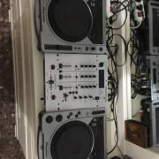 CDJ 800 + MIXER BEHRINGER DX 626