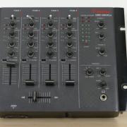 Mesa de Mezclas DJ Vestax VMC-004XLu