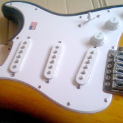 PICKGUARD - GOLPEADOR SQUIER AFFINITY STRATOCASTER