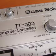 Bassbot TT303 , clone de Roland TB 303