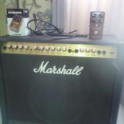 amplificador marshall valvestate 8080 con pedal overdrive mojo mojo