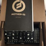 moog mother32