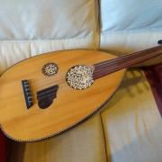 Laúd árabe de luthier Hamza Rais (Casablanca)