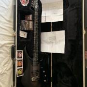 Music Man Majesty John Petrucci signatura