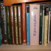 libros de 31 libros de tolkien. cambiaría por sampler akai o emu