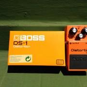 BOSS DS-1 pedal para guitarra