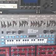 O cambio MC-202 Roland mc202 envío incluido