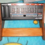 Roland boutique soporte madera para ju-06 , jp-8 ,jx-03