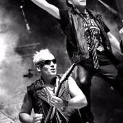 Se busca Bajista para STINGERS (Tributo a Scorpions) en SEVILLA