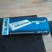 Vendo teclado E-MU Shortboard 49 teclas