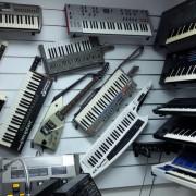 Servicio técnico de sintetizadores vintage en Madrid