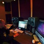 Grabación, Producción, Mezcla y Mastering.-