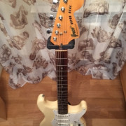 Greco Super Real SE700 (MIJ 1980) Cambio por Gibson SG (Venta: 800€)