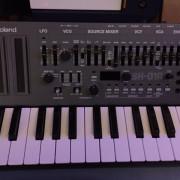 Roland boutique sh01A + Roland K-25m keyboard