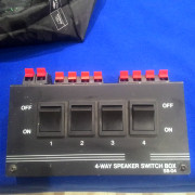 Switch altavoces 4 lineas