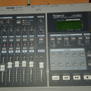 ROLAND VS880 Digital Studio Workstation.