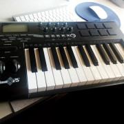 Teclado M-Audio Axiom 25