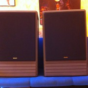Monitores Tannoy System 15