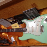 "Guitarra Fender Stratocaster 60 Custom Shop ""Relic Surf Green"""