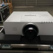PROYECTOR VIDEO PANASONIC ex500 5000 lumen + gran angular 0,8:1