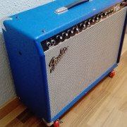 Fender frontman 212R blue