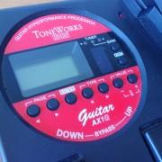 Korg AX1G Multiefectos con pedal de expresión