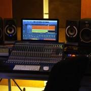 CLASES DE PRODUCCIÓN MUSICAL (LOGIC PRO - CUBASE)