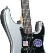 Stratocaster De Luxe USA a estrenar.