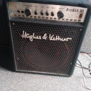 Amplificador de Bajo 100W - Hughes & Kettner Basskick 303