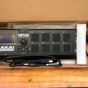 AKAI MPX8 Sampler