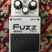 Fuzz BOSS fz-5