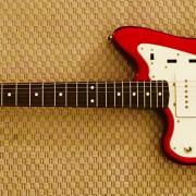 Fender Jazzmaster MIJ zurdo con mejoras