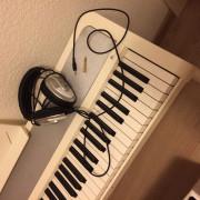 Piano Kong Blanco