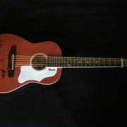 Maestro by Gibson mini acústica J-45 (Am. Aq. signed)