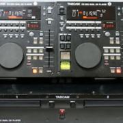 Tascam CD-302