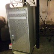 Mac Pro 3,1  2 x 2.8GHz Quad-Core Intel Xeon