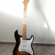 FENDER CLASSIC PLAYER 50 STRATOCASTER