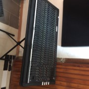Mesa de Mezclas DDA interface 32 canales