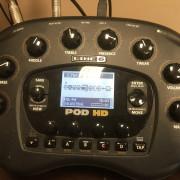 Pod HD Bean, Pod mounting, funda. Monitores M-Audio y soportes.