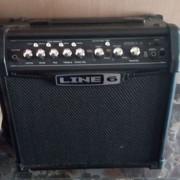 Amplificador line 6 Spider IV 15 watts