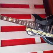 Guitarra Les Paul Iron Cross