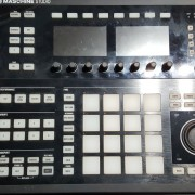 MASCHINE STUDIO + KOMPLETE 10 ULTIMATE CROSSGRADE + 9 EXPANSIONES