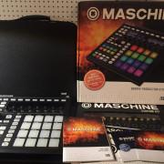Maschine Mk2 + Funda UDG + Custom Kits
