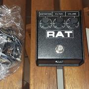 ProCo Rat 2 Distortion + Thomann Power Supply 3-12V DC 600mA