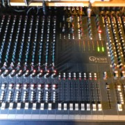 Soundcraft Ghost 24 canales