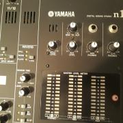 Mesa de mezclas y grabación YAMAHA N12
